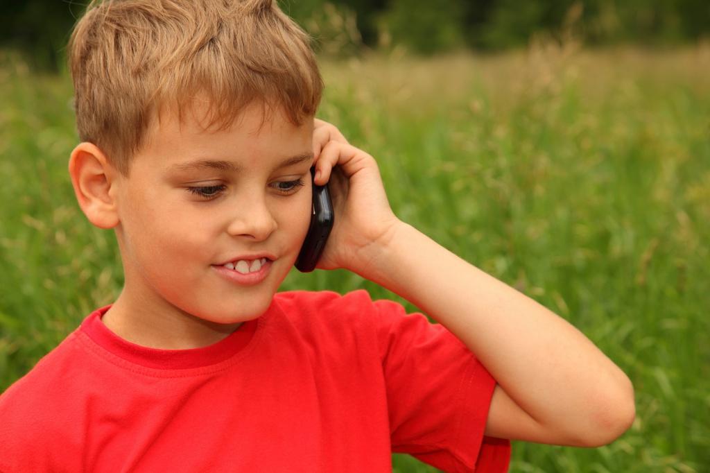 Картинки по запросу Как обезопасить детей от телефонных мошенников