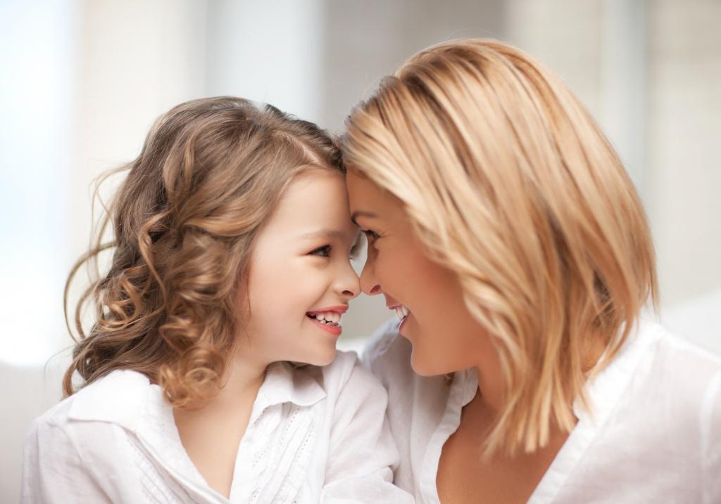 Привязанность у ребенка: как отношения с «главными взрослыми» влияют на его жизнь