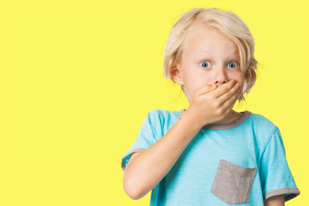 ребёнок повторяет плохие слова фото
