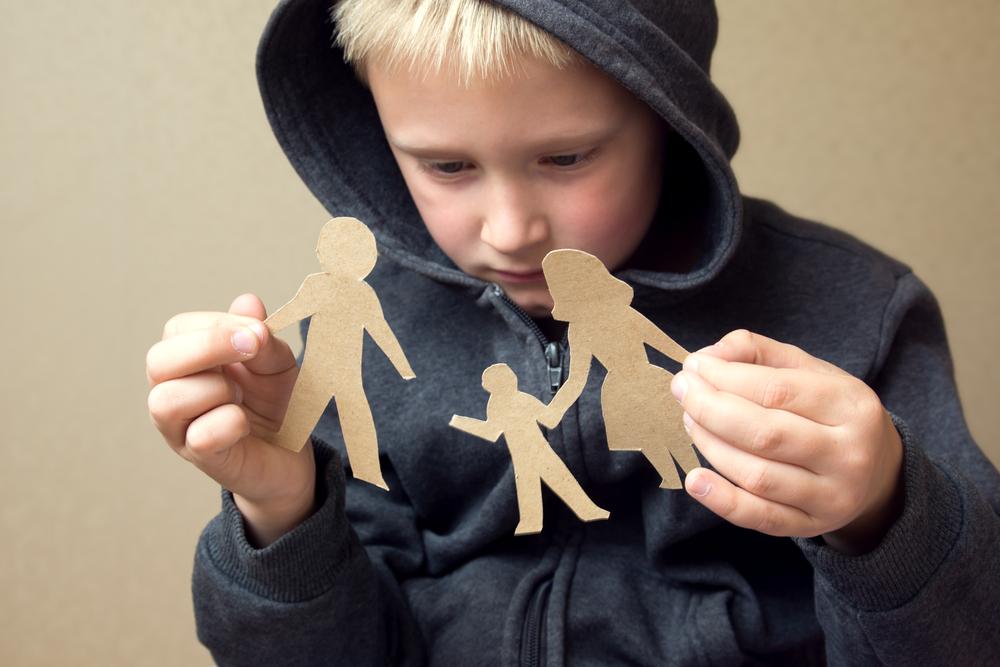 «Воскресный папа». Как не потерять контакт с ребенком?