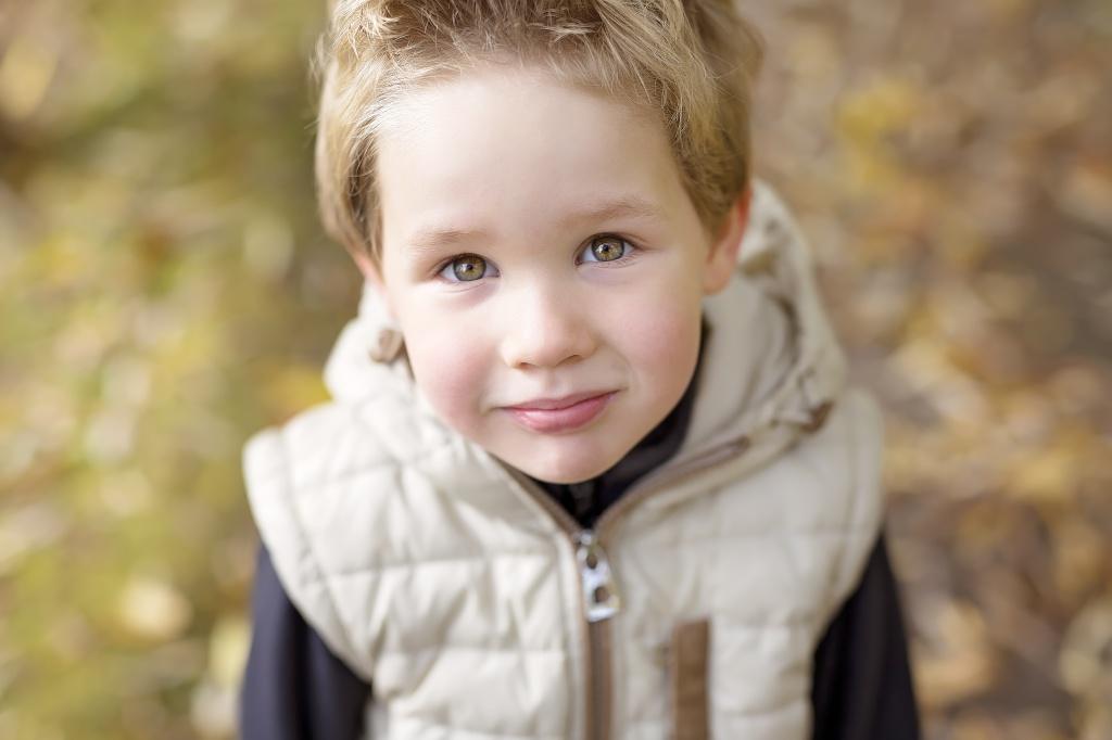 Значение возраста приемного ребенка при адаптации в семье