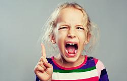 Ребенок не слышит что ему говорят с первого раза в 2 года